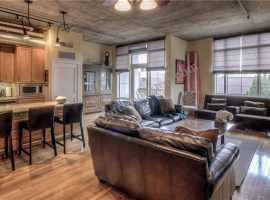 The_Tanglewood_Lofts-Houston[17]